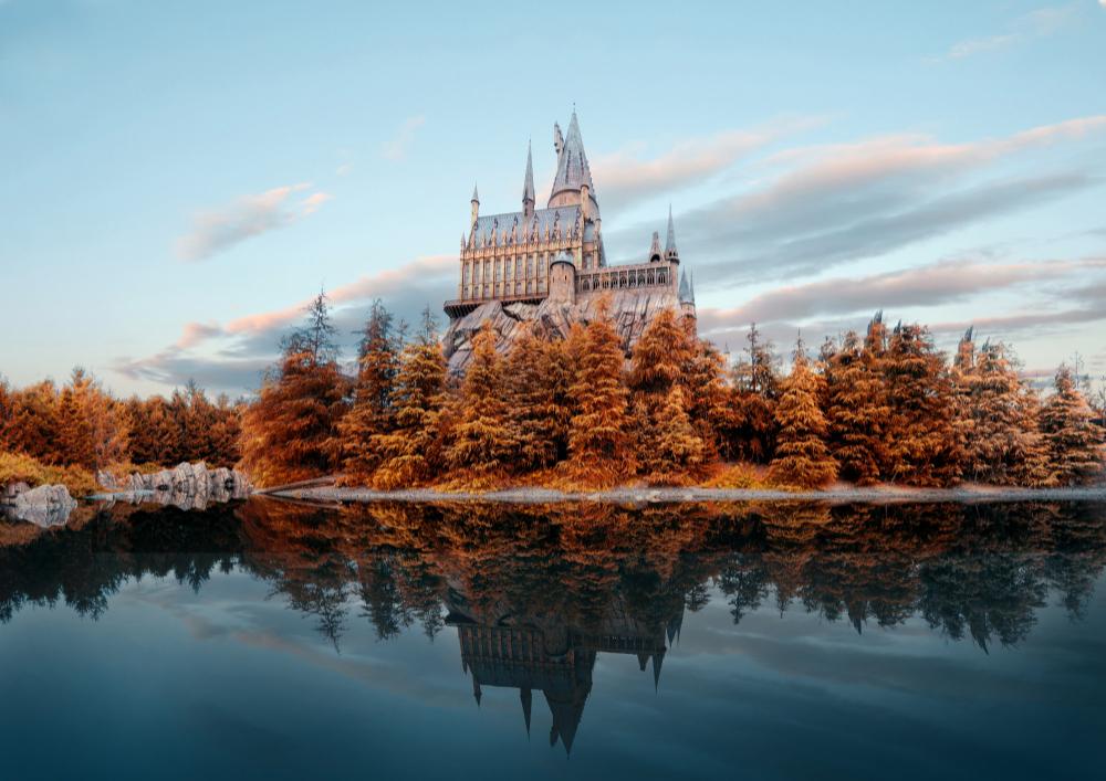 hogwarts-castle-universal-studio-japan-autumn-season